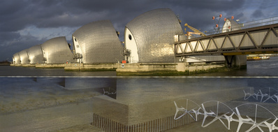 ActiveEnergy:Geezerpower, Visual of Thames Barrier turbines ... By Loraine Leeson