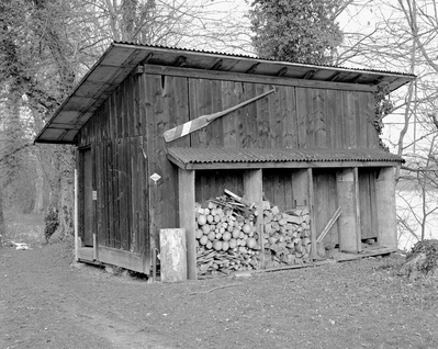Shedboatshed (Mobile Architecture No 2) (2005)