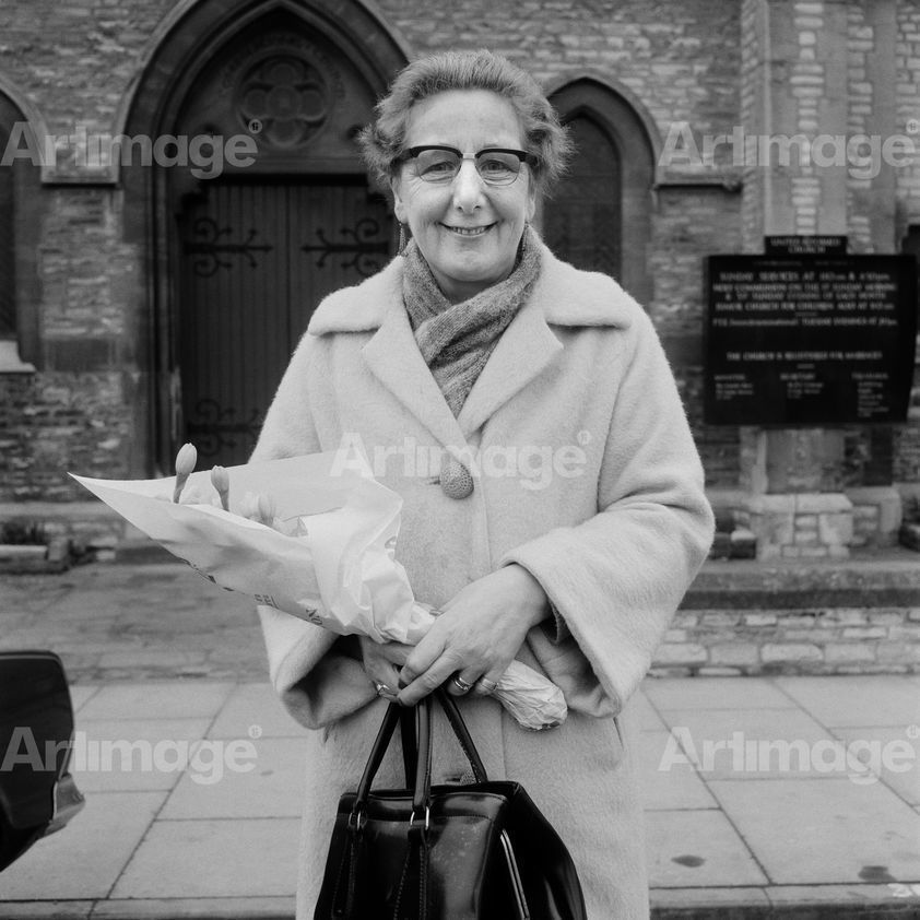 Enlarged version of Portrait from the Free Photographic Omnibus: Statford-on-Avon, 1974