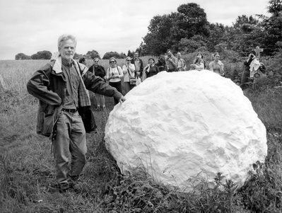 Andy Goldsworthy, Sussex, 2002 By Anne-Katrin Purkiss