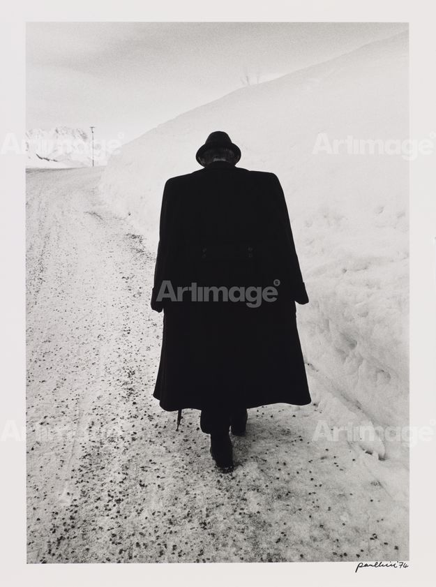Enlarged version of Man against snow, Austria, 1974