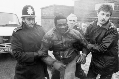Police arrest a miners picket at Hatfield Main Colliery duri...