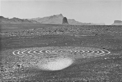 Whirlwind Spiral, 1988 By Richard Long