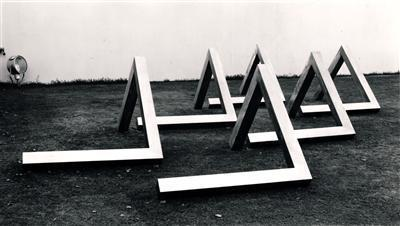 Angle, 1971-72 (at Tate Retrospective, 1973) By William Turnbull