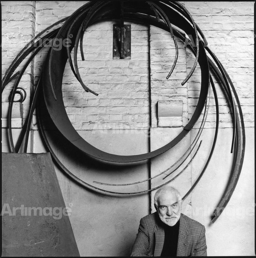 Enlarged version of Sir Anthony Caro, 1992