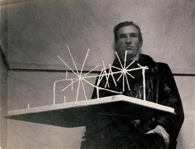 William Turnbull with Mobile Stabile, 1950